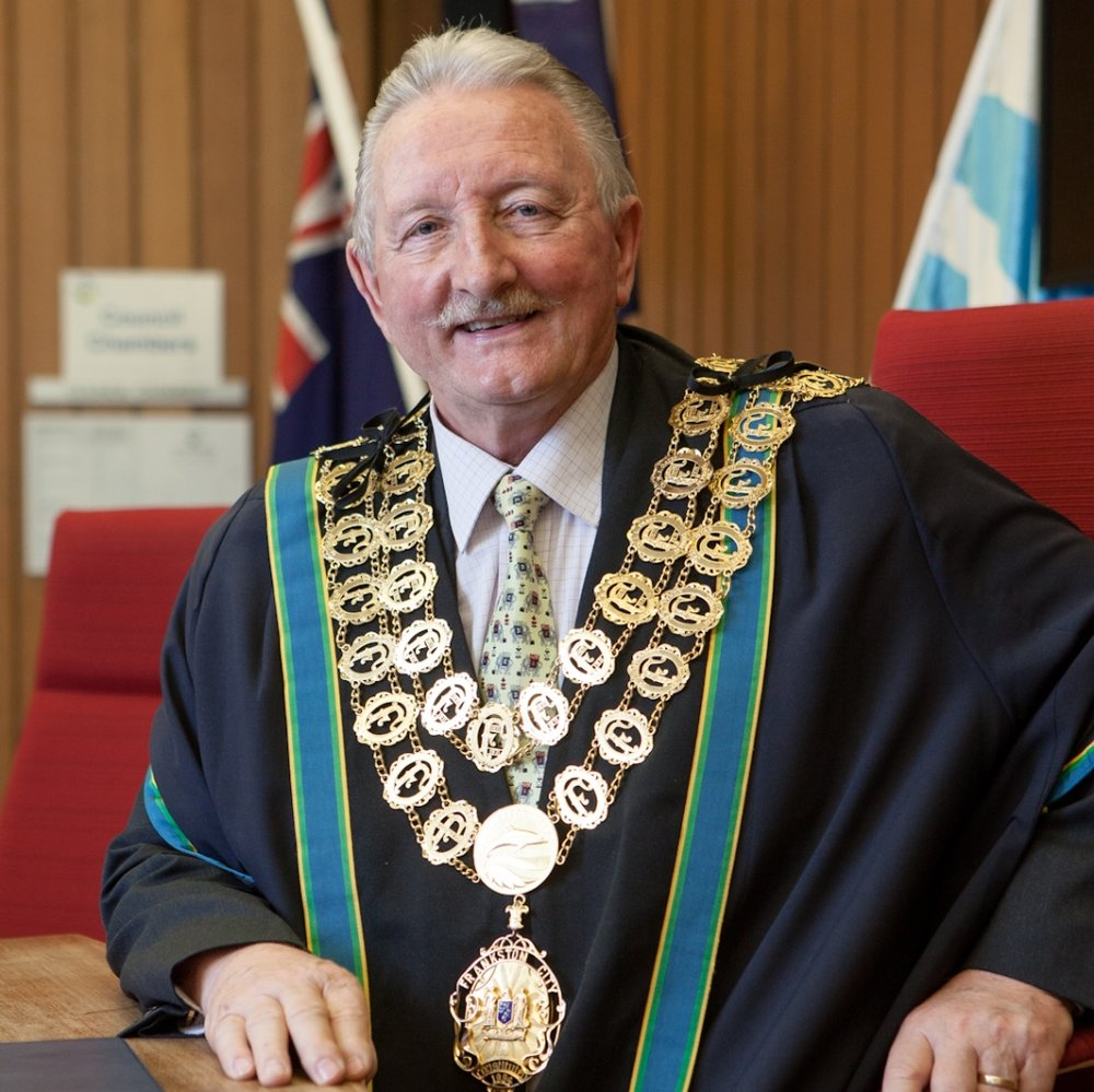 mayor_colin_hampton_lr.jpg