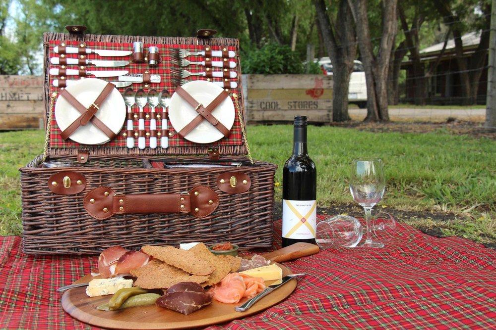 cellar_door_picnic-1500x1000.jpg