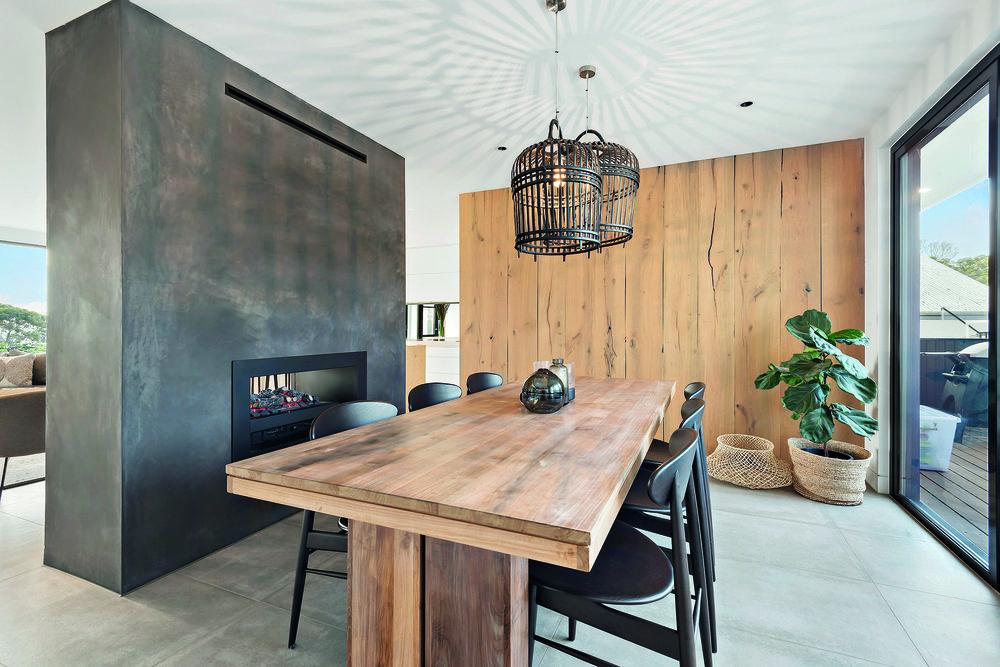 19-Dining Room.jpg