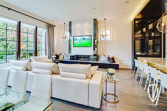 Proud to have worked on this West Side Jewel by Tavan Group 5/6  #audiospace #vancouver #beautifulhomes #luxuryhomes #interiordesign #homeautomation #lowvolatge #vancity #yvr
