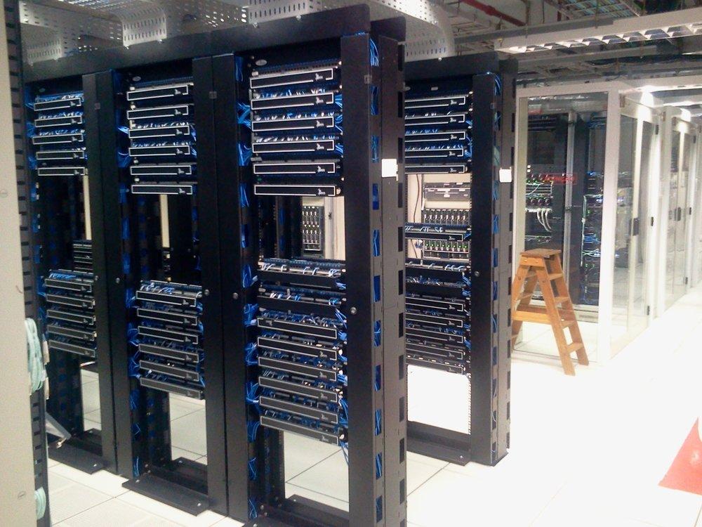 datacenter-286386.jpg