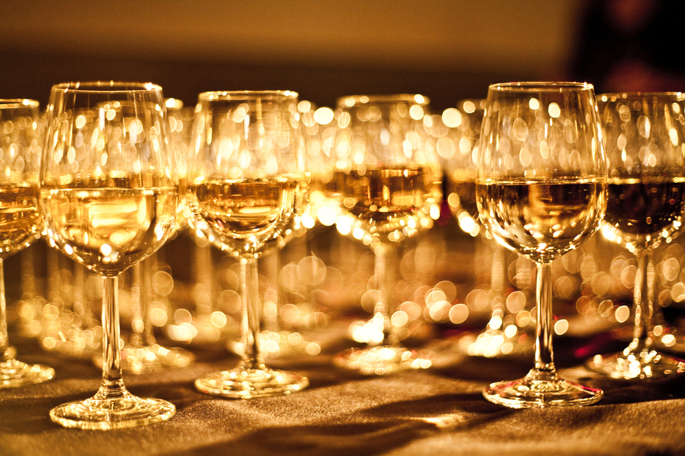 exclusive-wine-glasses-1151460-1279x852.jpg