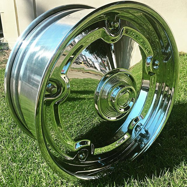 Check out these new hubcaps for Delmo!