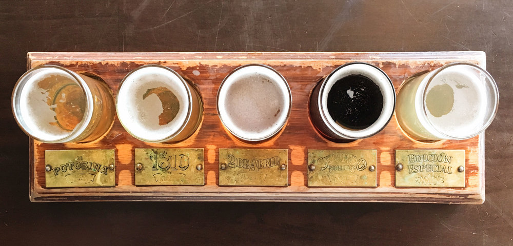 A sampler flight from the local microcervezaria (La Legendaria)