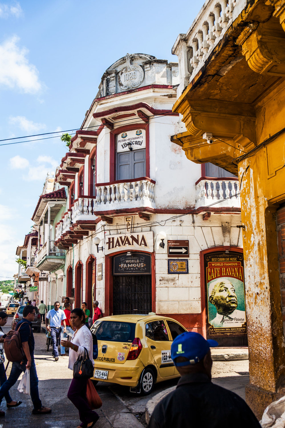 cartagena-colombia-wander-south-getsemani-6-havana-club.jpg