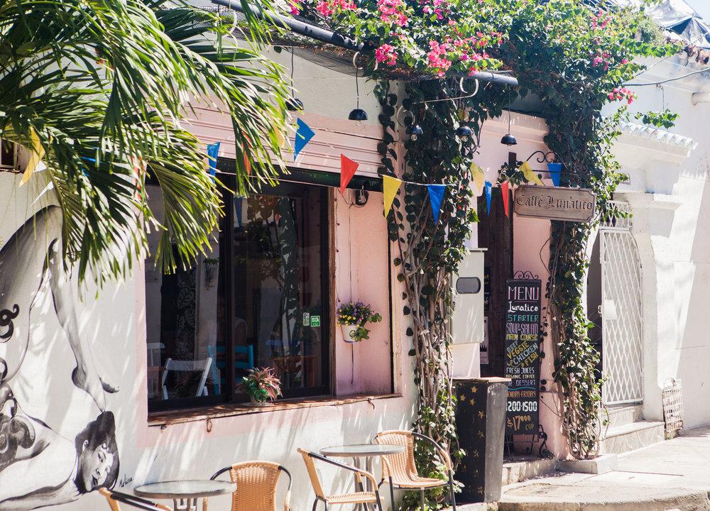 cartagena-colombia-wander-south-getsemani-8-caffe-lunatico.jpg