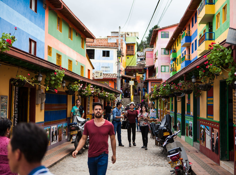 el-penol-guatape-colombia-wander-south-street-4.jpg