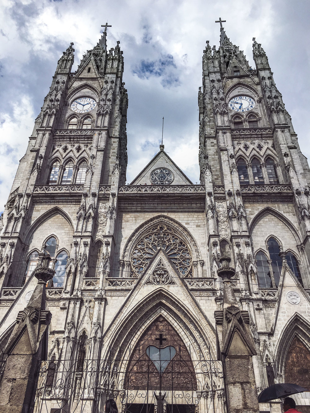 quito-ecuador-wander-south-cathedral-fascade.jpg