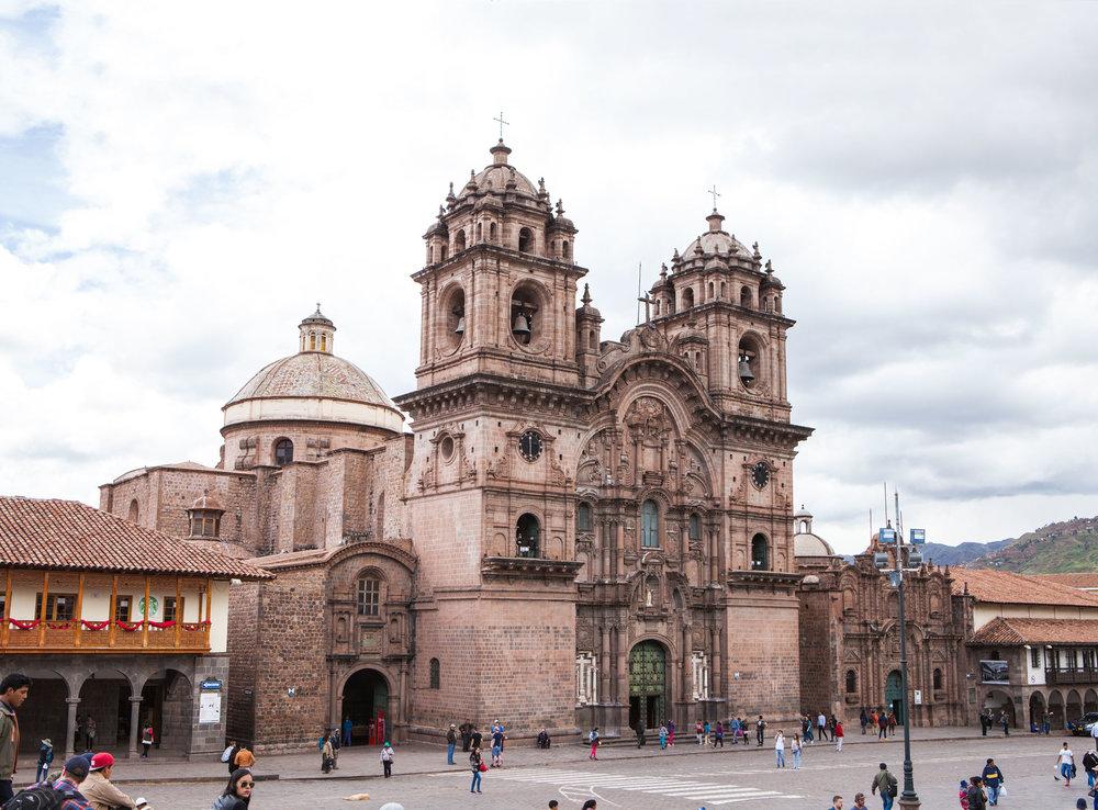 Cusco-Peru-wander-south-plaza-de-armas-2.jpg