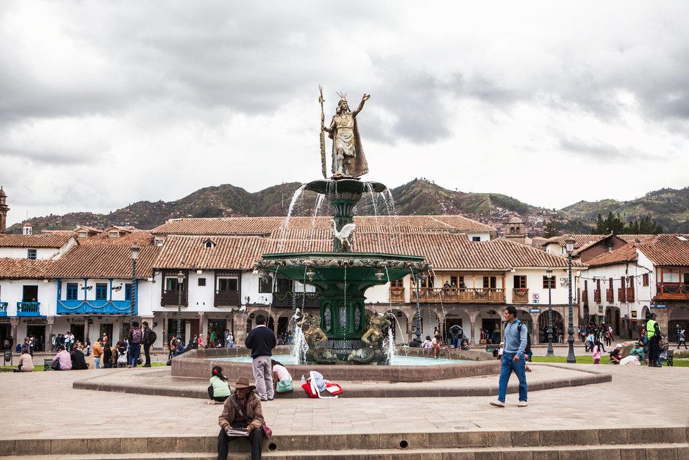 Cusco-Peru-wander-south-plaza-de-armas-fountain-1.jpg