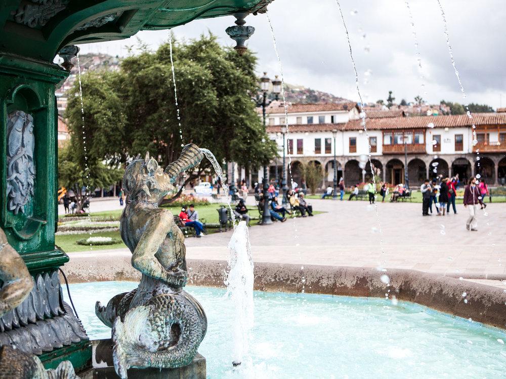 Cusco-Peru-wander-south-plaza-de-armas-fountain-3.jpg