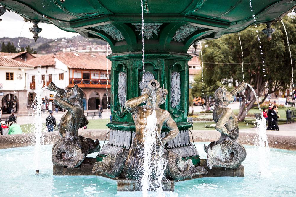 Cusco-Peru-wander-south-plaza-de-armas-fountain-2.jpg