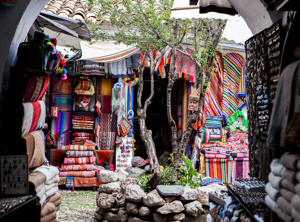 Cusco-Peru-wander-south-street-market.jpg