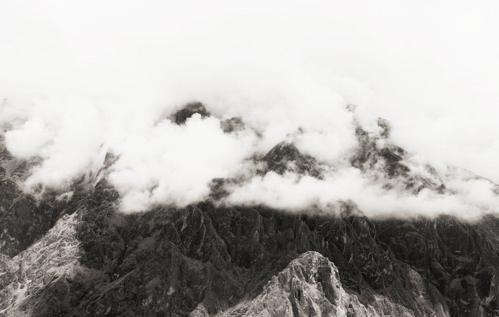 colca-canyon-peru-wander-south-mountian-clouds-bw.jpg