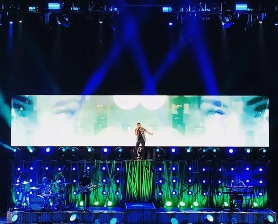 COLE SWINDELL - 2017 TOUR /w DIERKS BENTLEY