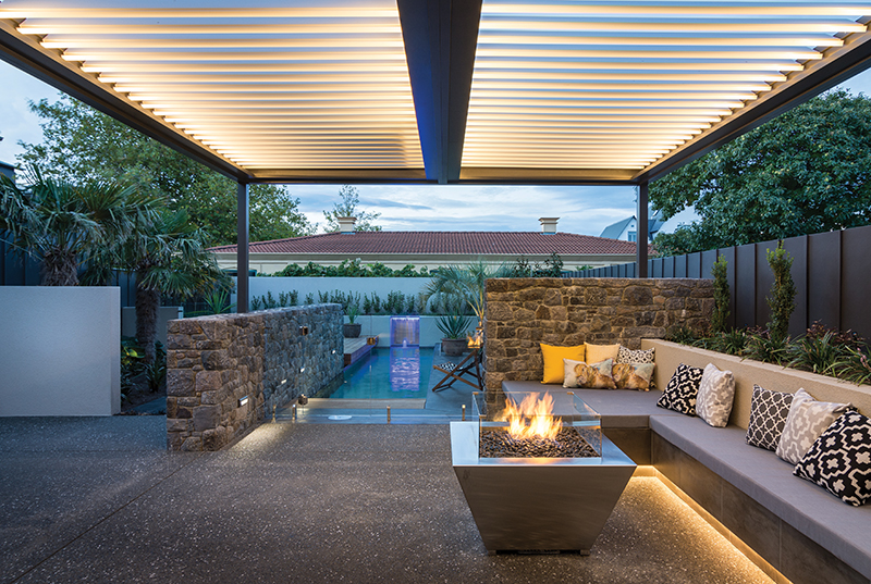 Abode-MJ18-PioneerPoolsFeat9.jpg
