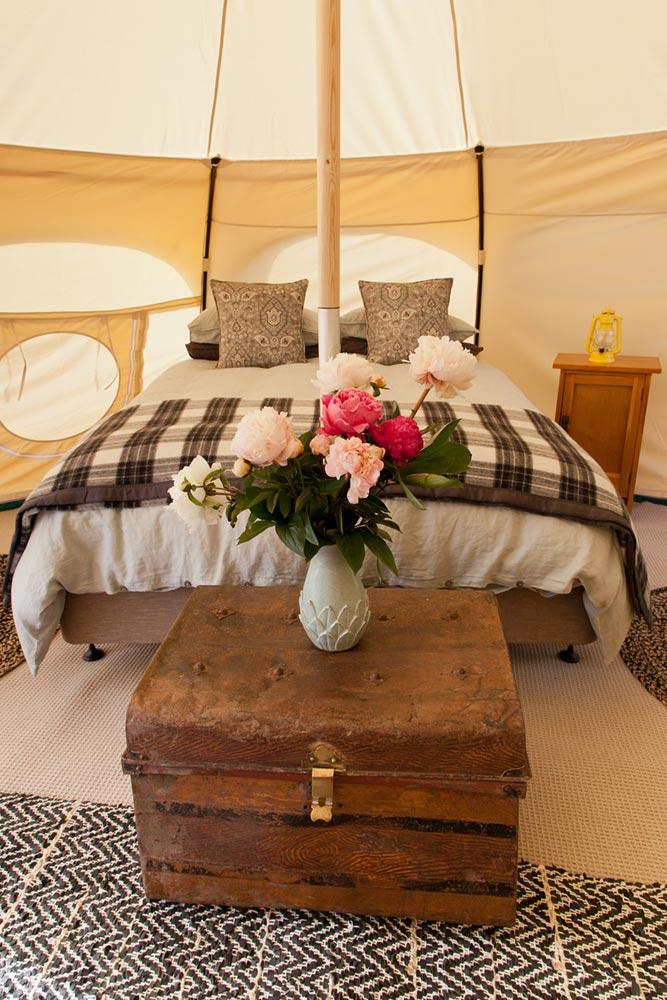 Interior-king-tent.jpg