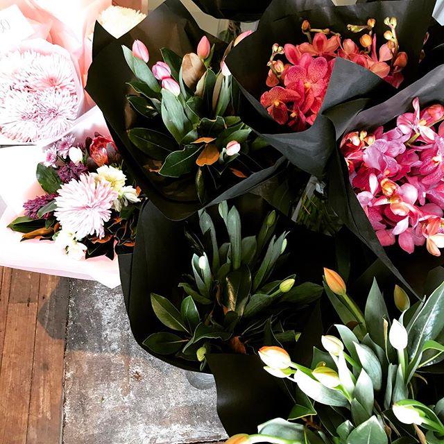 Open till 1pm  #perthflowers #attadaleflorist #applecrossflorist #fremantleflorist #mothersday #flowersinbloom