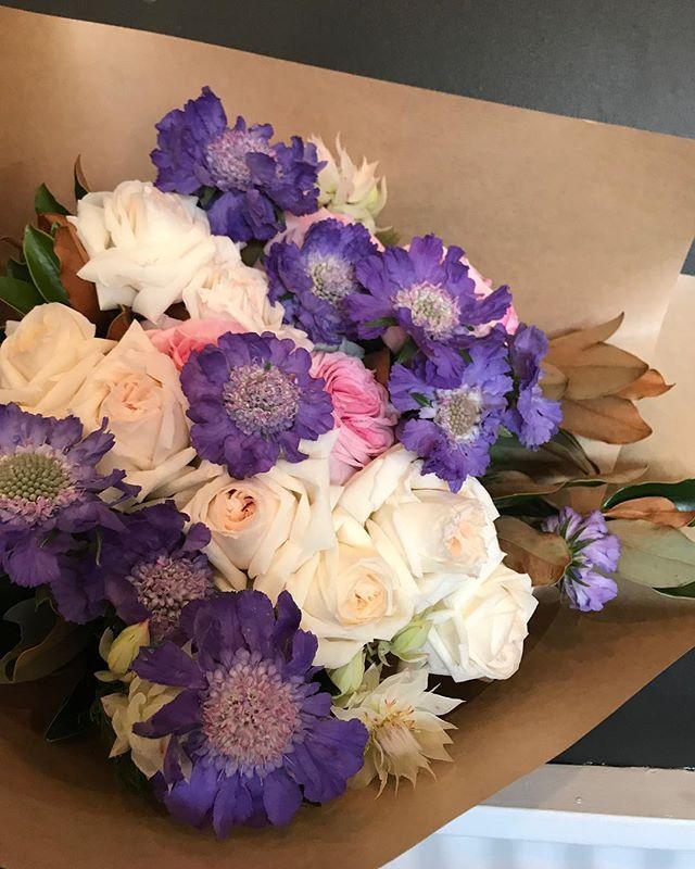 #flowersinbloom #perthflowers #attadaleflorist #applecrossflorist #fremantleflorist #shoplocal