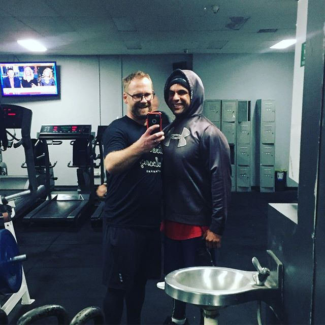 What a pleasure to workout with the legend who got me into #crossfit all those years ago. Thank you @faithinjection for encouragement, advice and 6am sessions. #dontgetfatonholiday #comebackstronger #comebackhealthier