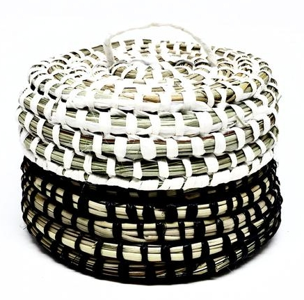 Woven Lidded Basket, made with New Zealand Flax