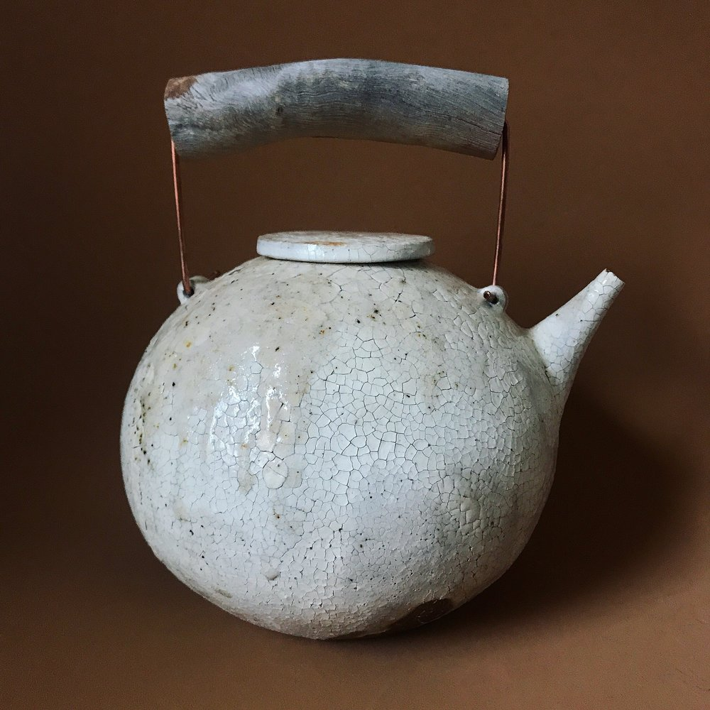 'Full' Teapot, Yoko Ozawa, image Craft