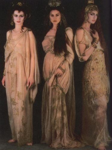 Bram Stoker's Dracula (1992). Actors;Monica Bellucci, Michaela Bercu, and Florina Kendrick.