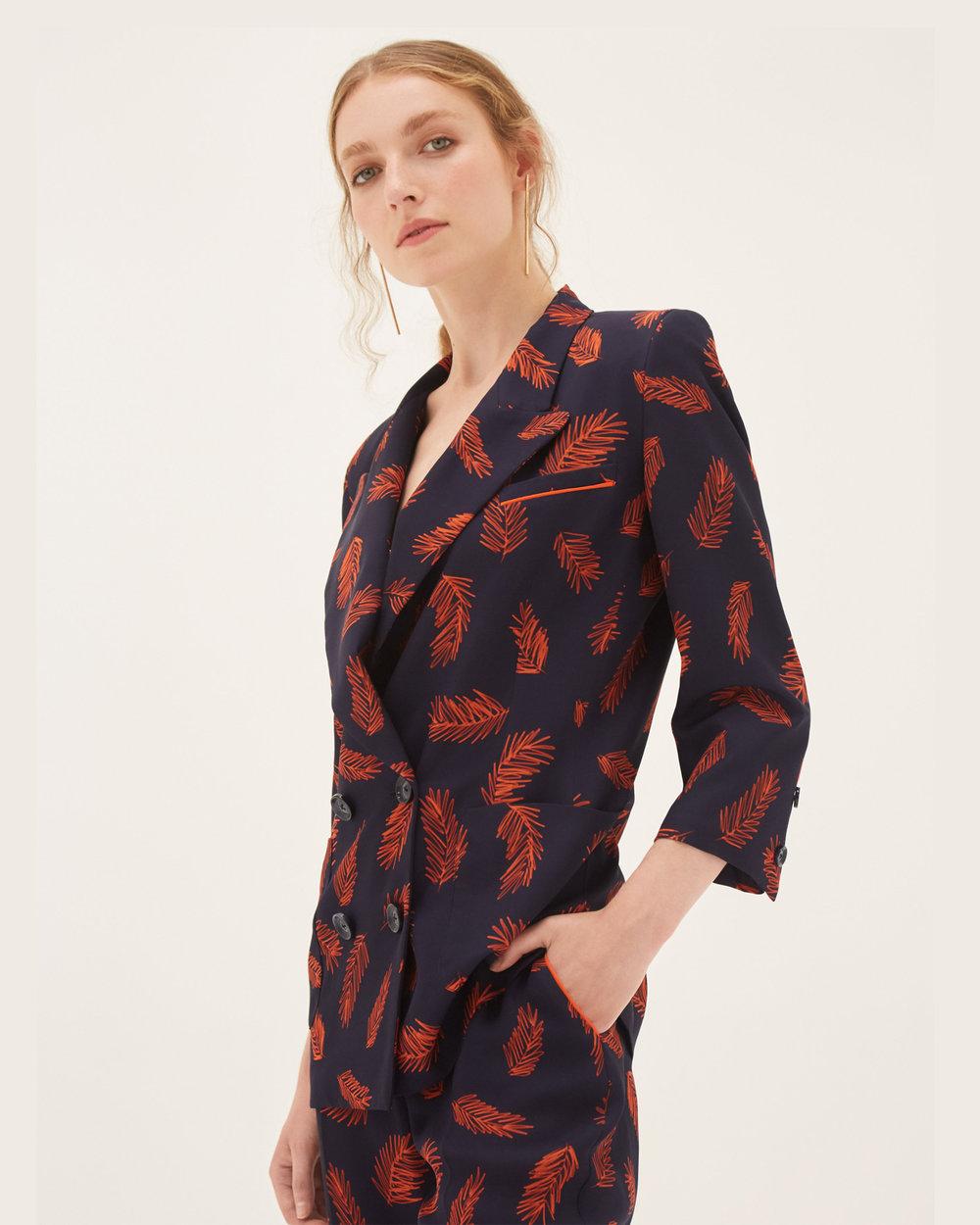 bozena-jankowska-manuka-suit-detail.jpg
