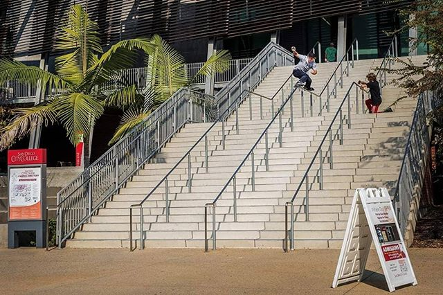 """Check out a fresh article up on @oneblademag featuring our dude @nils_jansons and our polish friend @tomek.przybylik  Such an awesome shot of Nils handling a hefty rail in San Diego. A great photo by @steve_steinmetz and words by Steve on his adventure with Nils: """"Stay focused on the goal for that day. If that goal is to do a massive kinked rail then do it first thing in the morning. If you want to be creative and do a trick that looks nearly impossible, do it.  I welcome this change in mindset for professional athletes in our sport. In my opinion, it can only help make us look more professional to have healthy habits that show we belong on the world stage showcasing our talents, personalities, and character. We are growing up as a sport, and individuals like Nils and Tomek are leading examples of the new professional. Their healthy lifestyle habits help them accomplish their goals with effortless precision and style."""" #nilsjansons #inline #lovethebladers #sandiego #cali #ggfest #summer #latvia #ventspils"""