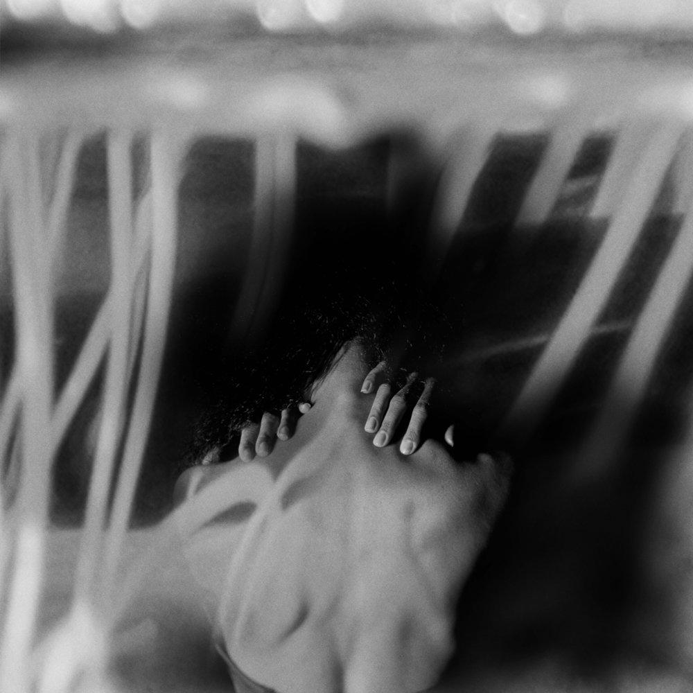 Tässä olen, mieleni alastomana - rakastatko minua 2017 // Photo Erika Luoto Image Processing Teo Cederqvist
