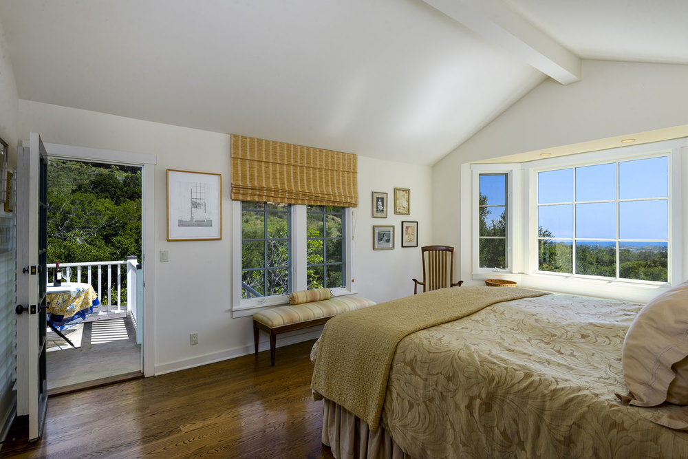 2885_East_Hidden_Valley_Lane_MasterBedRoom.jpg