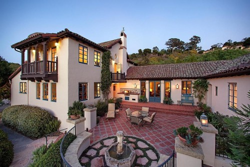 George Washington Smith designed home in Montecito | Image:  by Amodio.com
