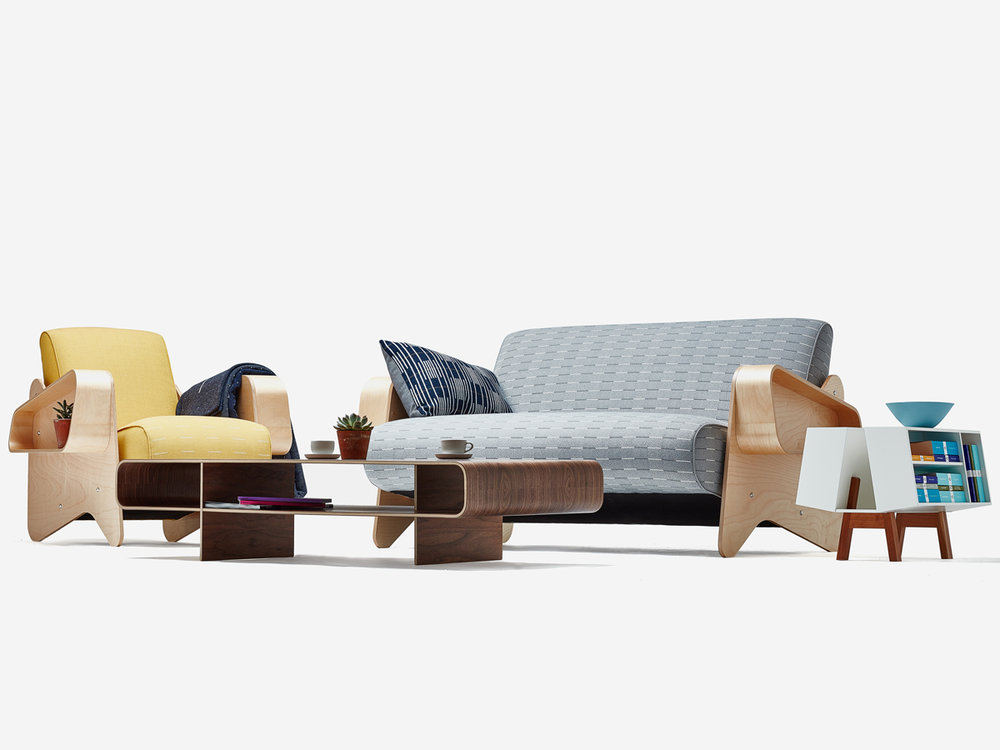 IsokonPlus_Breuer Sofa+Armchair+Loop Coffee+DK2_dressed_low