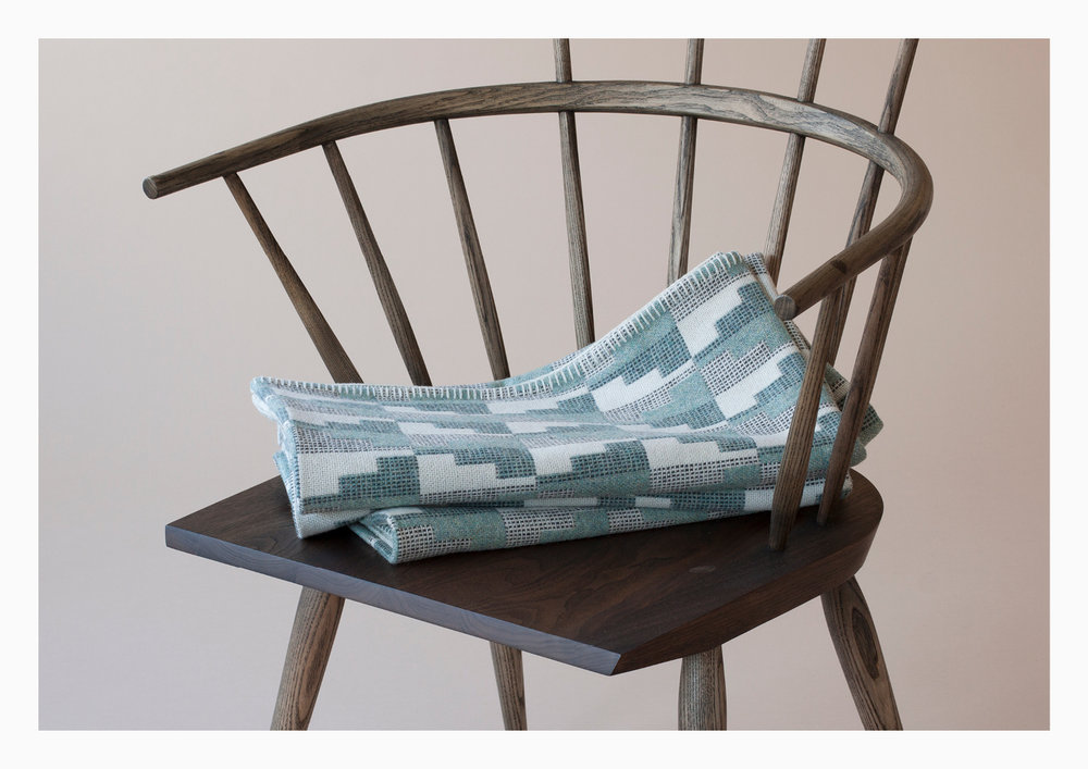 Eleanor_Pritchard_Northerly_blanket_on_Kimble_chair_by _Matthew_Hilton_Photo_Elliott_Denny