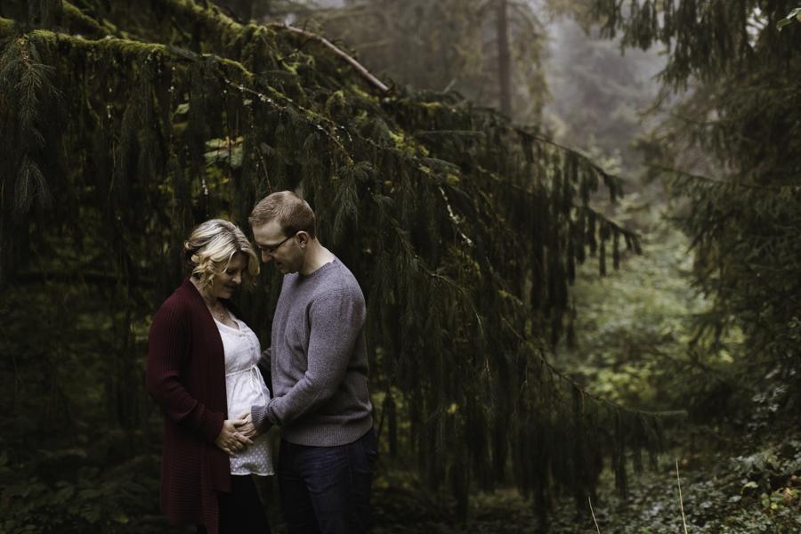 sarah-danielle-photography-intimate-portland-maternity-7039.jpg