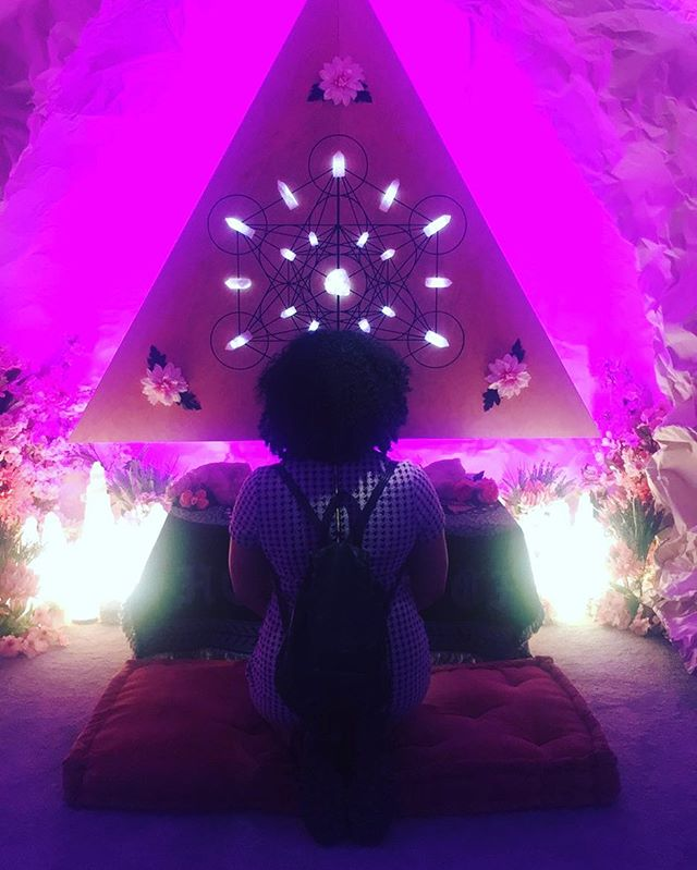 You are Magic!  This room in #29rooms was the most peaceful experience. I literally need this in my future home. Thanks @thehoodwitch @refinery29