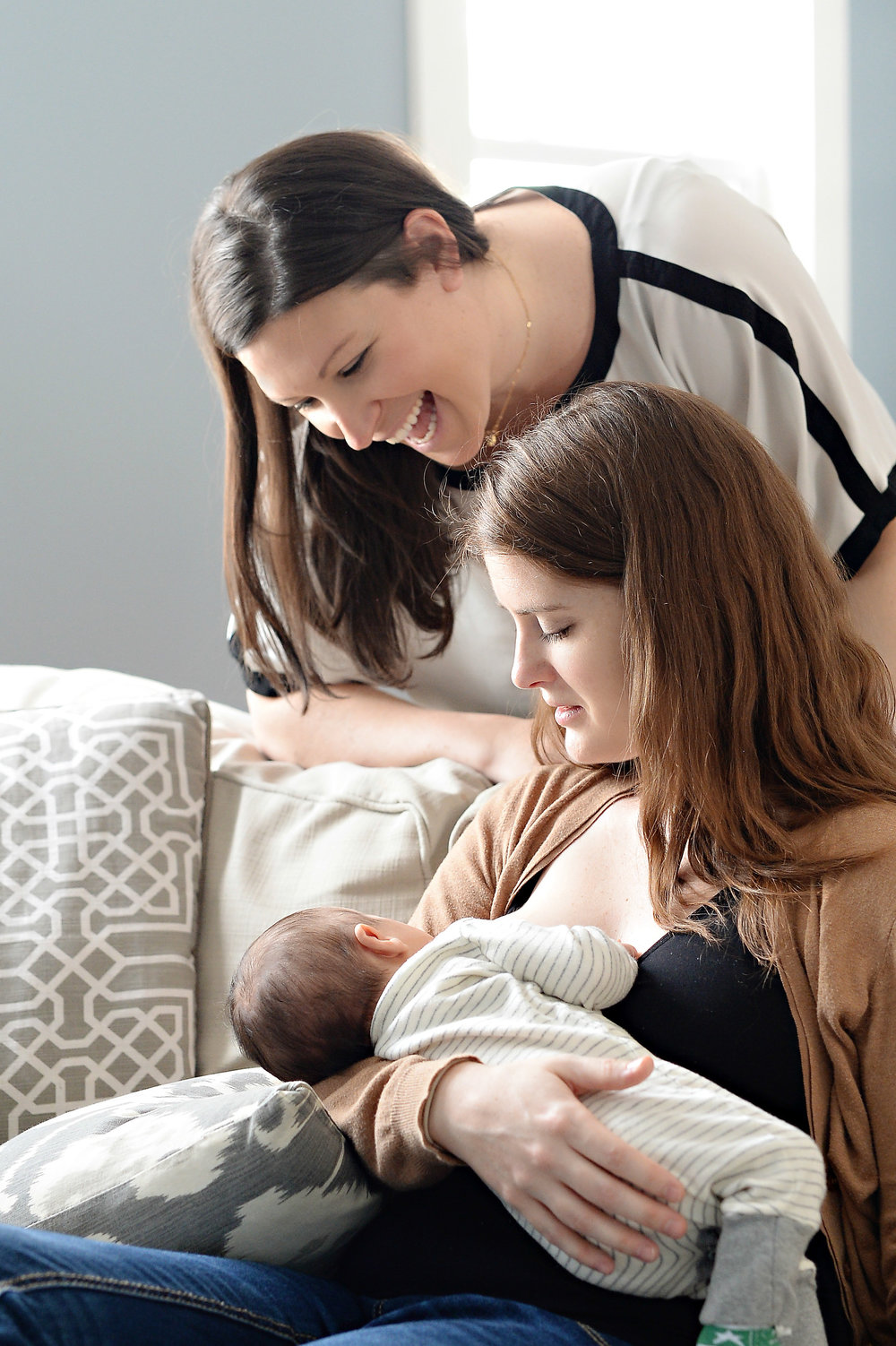 Frequently asked questions about moms breastfeeding