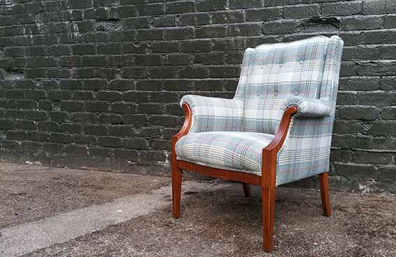 UPHOLSTERY CLASSES WITH VICTORIA MEACHAM