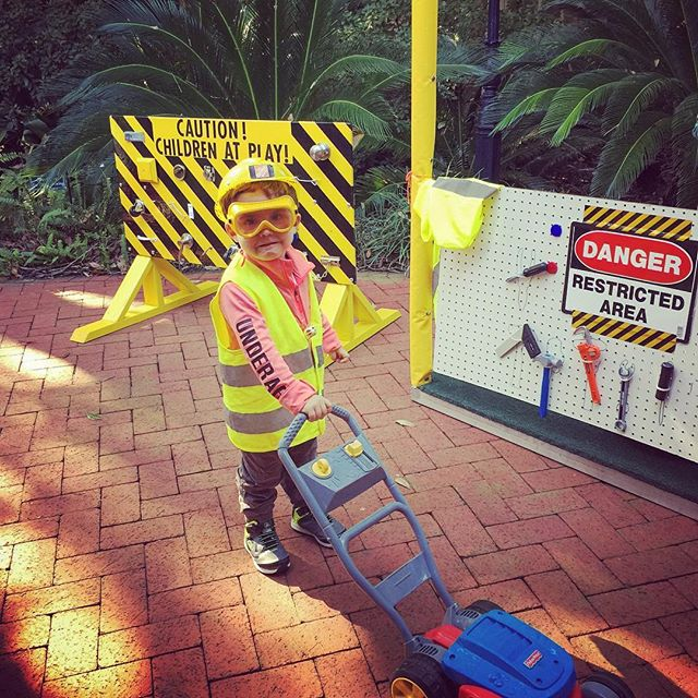 Hard at work at the construction site tent! #popuppartytown #junglebells #nolakids #nolaliving #audubonzoo