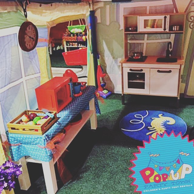 Got some groceries from the #Market? Cook 'em up in the kitchen of our House Tent. It's got all you need to learn how to whip up dinner for all your kids' favorite dolls and imaginary friends! #Playkitchen #kidscooking #popuppartytown