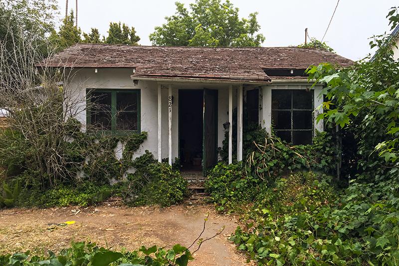 W. Sola St, Santa  Barbara CA