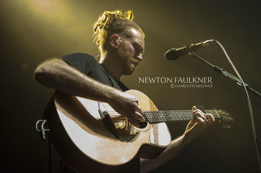 Newton-Faulkner05WM.jpg