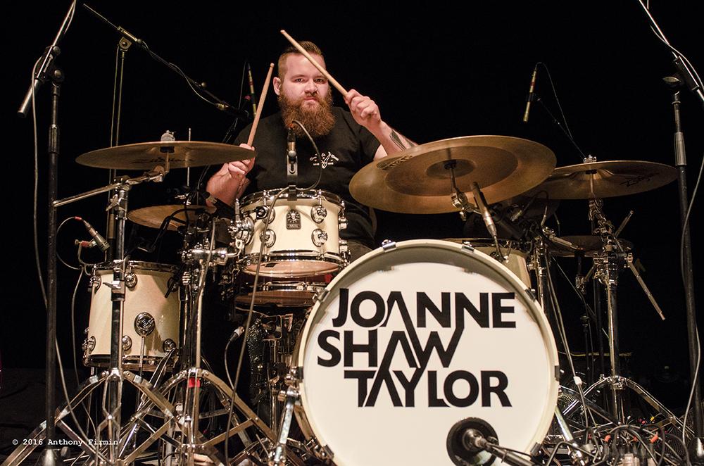 JoanneShawTaylor-03.jpg