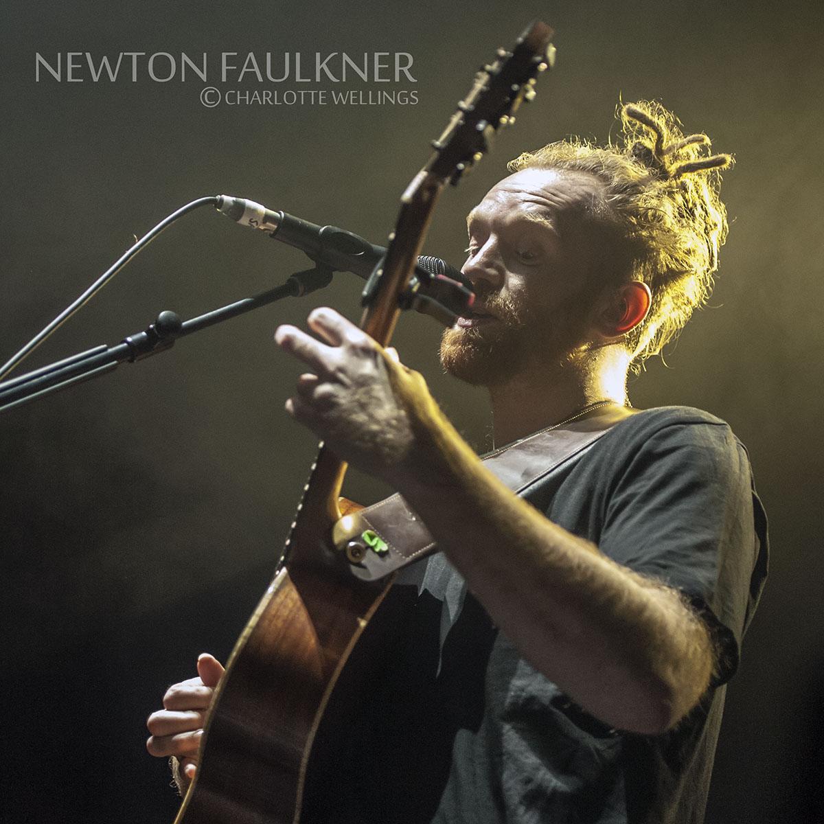 Newton Faulkner01WM