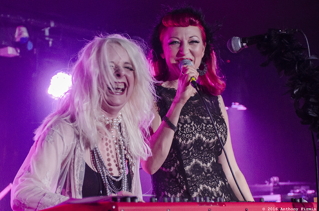 We've Got a Fuzzbox And We're Going To Use It, Ruby Lounge, Manc