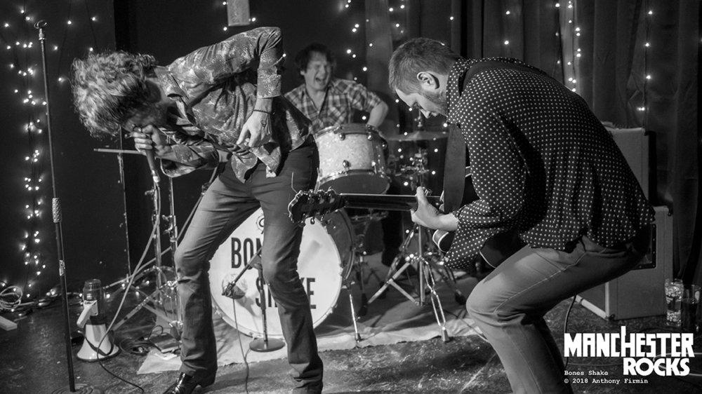 Bones Shake at The Peer Hat in 2018