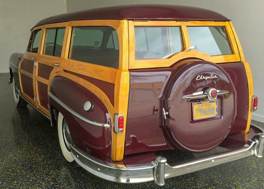 1949 Chrysler station wagon (woody) 3.jpg
