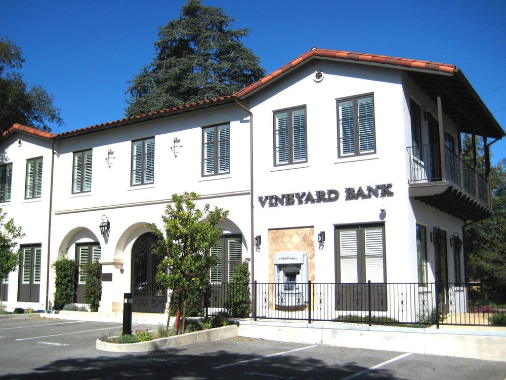 VINEYARD BANK