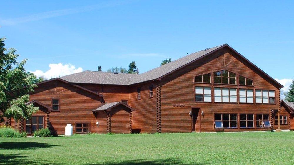 Auberge de la Vallée - 1810 Vallée Lourdes, Bathurst NB E2A-4R9(506) 549-4100reservations@aubergedelavallee.ca