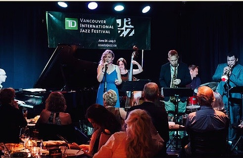 Frankies Jazz Club June 4, 2016 (picture from jenniferhayes.ca)
